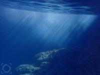Atardecer bajo el agua